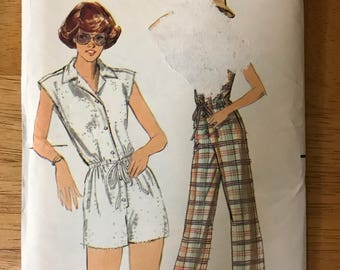 Butterick 5471 - 1970s Jumpsuit or Romper with Pointed Convertible Collar and Front Button Closing - Size 12 Bust 34