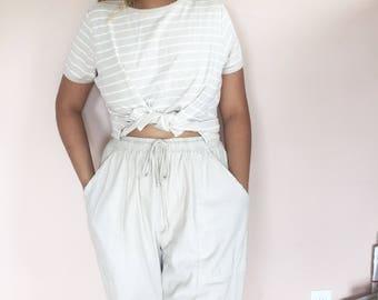 cream and white striped tee // vintage // size medium