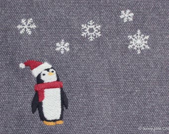 Machine embroidered pattern design penguin - instant download