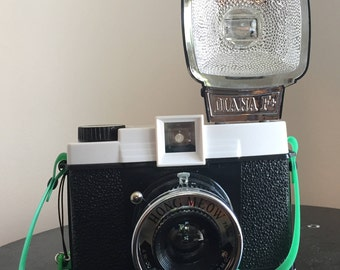 Diana F Camera + Hong Meow Edition (Ltd. edition)
