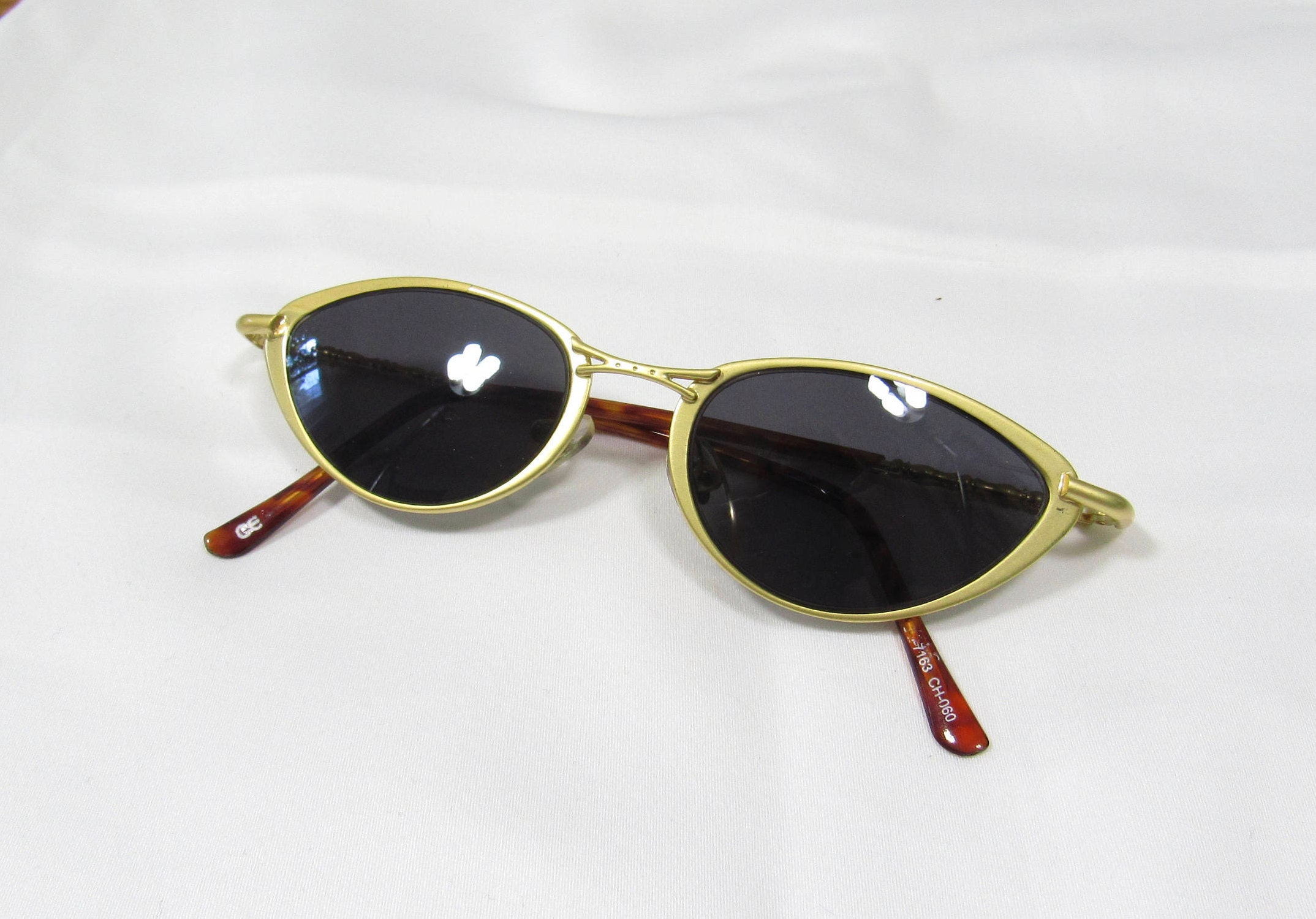 2540e373bc 90s NOS Cat Eye Sunglasses   2 Different Frame Colors Available