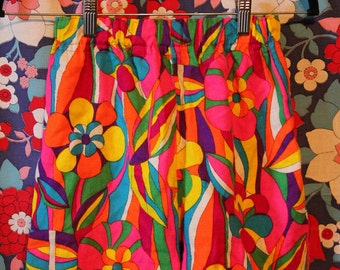 1960s/1970s Retro Psychedelic Shorts