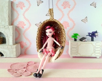 Hanging doll chair, hammock for Blythe, Dal, Pullip, Monster high, Barbie and etc, 1 6  scale fasion dolls. 12 inch mini wicker swing.