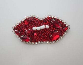 Lips Brooch Beaded, Handmade Brooch, Accessories, Pin, Handmade Jewelry, Red Pin