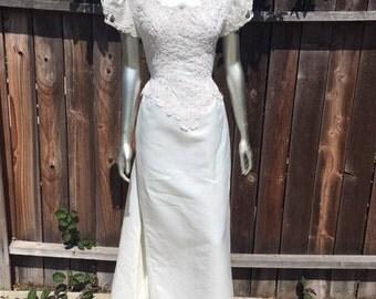 Vintage Lattice Wedding Dress Sz 8 Petite Removable Train