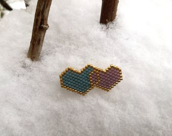 Pink and blue beads woven heart brooch