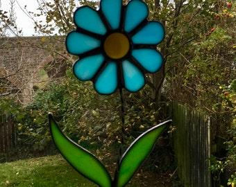 Stained Glass Blue Daisy Flower Suncatcher Plant Pot Decoration