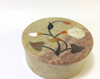 Vintage Soapstone Trinket Box with Mother of Pearl Inlay Made in India