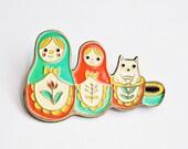 ENAMEL PIN cat / MATRYOSHKA pin - Russian nesting doll enamel pin, babushka, cute pins, christmas enamel pin, russian doll, gift for her