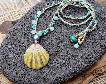 Hawaiian Jewelry Sunrise Shell Necklace Crocheted, Mermaid Necklace, Beach Necklace, Summer Jewelry, Mermaid Jewelry, Gift for Ocean Lover