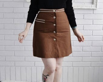 Vintage 1960s Brown Skorts with White Piping and Buttons by Koret of California Size XS