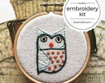 embroidery kit // The Hello Hooties - Frank Hootie embroidery kit