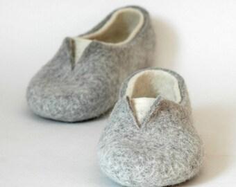 Women\'s Slippers | Etsy