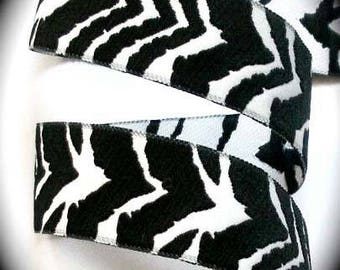 """Zebra Woven Jacquard  1 1/2"""" x 1 3/8 yards in Black and White"""