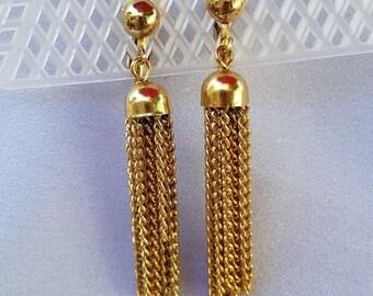 Tassel dangle vintage earrings