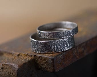 Wedding ring set: Rustic wedding bands, Matching rings for couples, Wedding band set his and hers, Black wedding bands, Silver ring set