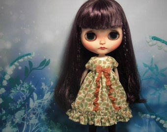 Blythe Dress ~ William Morris Flower Vine Cream Empire Ruffles & Shabby Bow ~ Blythe Doll Clothes Outfit Pure Neemo S Licca Pullip