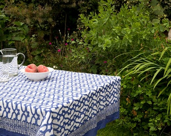 TABLECLOTH FINE COTTON Bright Blue and White interlinked pattern