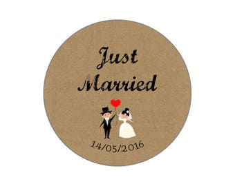 "Button, mirror, bottle opener, ""Just Married"" Vintage wedding magnet"
