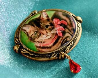Kitty Pin, Kitty Brooch, Pin, Brooch, Christmas Kitty Pin, Christmas Kitty Brooch, Christmas Jewelry, Holiday Pin, Holiday Brooch P341