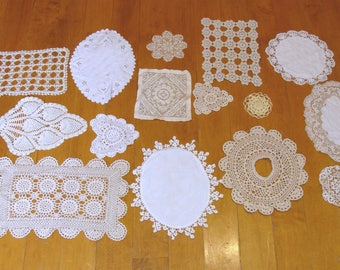 Vintage crochet doilies lot-nice old crochet doilie bundle-antique linens