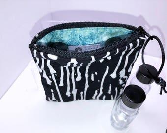 Black Essential Oil Bag, Young Living Oil Bag, Essential Oil Storage, Vape Juice Bag, 2-3 Bottle Doterra Essential Oil Travel Case
