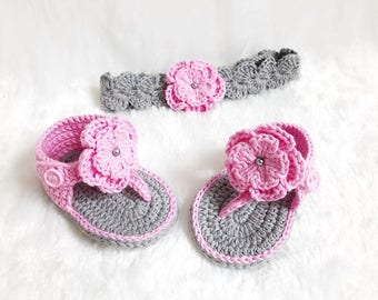 Crochet Baby Pink and Grey shoes and headband set  - Baby headband - Crochet shoes - Baby Shoes - Baby girl set - Baby girl shoes