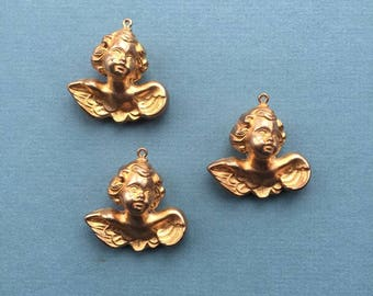 Large angel puffed with loop matte gold . Made in USA, 38 x 38mm, Qty. 3 CC57