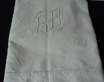 French vintage metis linen bed sheet with  embroidered initials R & B (04853)