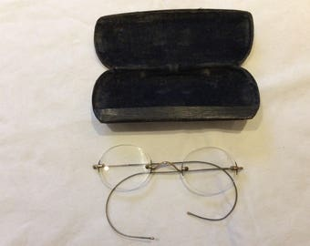 A Cased Pair of 19th Century/Victorian Glasses