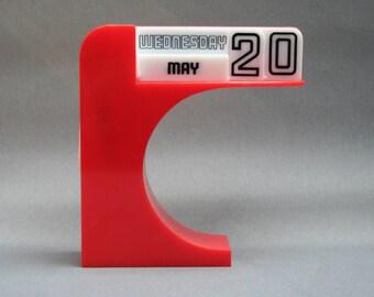 Vintage 1970's perpetual desk calendar, Orange and white plastic, In English language