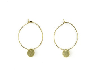 Brass hoop earrings with geometric pendant-lu