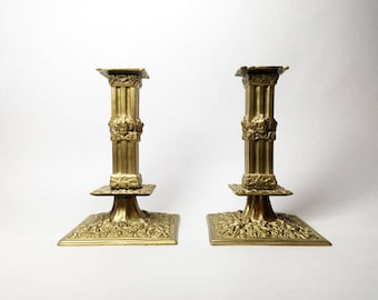 "Splendid Pair of French Antique Bronze Candlesticks ""A la Financiere"" - Putti Decor"