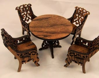 Doll table and 4 chair set . Dining room Dollhouse / Doll furniture