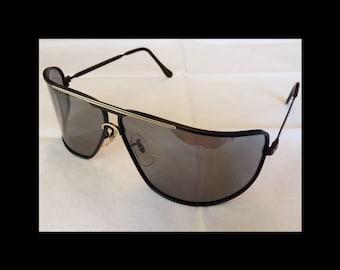 80s JAPAN Wraparound Shield Sunglasses~Black Frames w/Bronze Detail~Gray Lens~Lightweight Metal Frame~Avant Garde~New Wave~EUC Vintage 80s