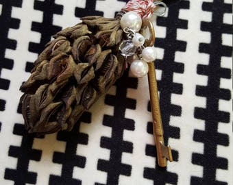 Magnolia cone & key ornament