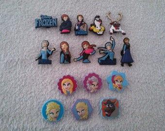 Lot 16 jibbitz frozen / Frozen (for fangs badges)