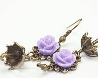 Earrings bronze/purple floral cabochon