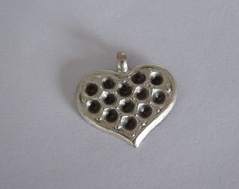 Metal 21mm antique silver heart pendant