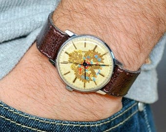 Rare Vintage Raketa Russian Soviet Men's Watch with strap
