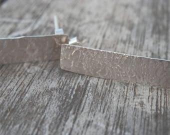 Textured 925 Sterling Silver earrings, Stud Earrings, elegant, design rectangular, handmade