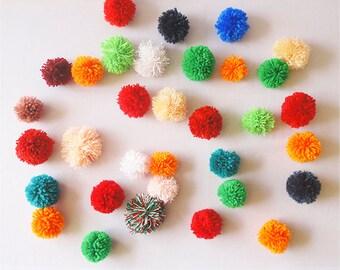 Pompoms / Pom Pom / Nursery Decor / party decor /  baby shower / birthday gift / first birthday / pom poms / supplies / craft supplies