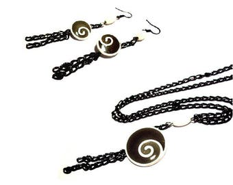 Adornment necklace and earrings duo shapes