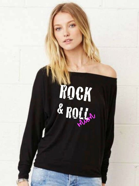 Woman tee with bat sleeves. ROCK & ROLL MUM