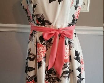 ON SALE Jessica Howard Spring Dress. Size 10