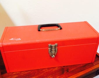 Vintage Kennedy Red Tool Box, Metal Tool Box w/ Handled Tray KK-19-045381, Made in USA