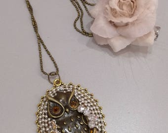 "Mid-length ""OWL"" rhinestone necklace"