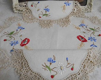 Vintage Embroidered Doilies  ~  Bone Linen with Embroidered Flowers ~ Set of Three