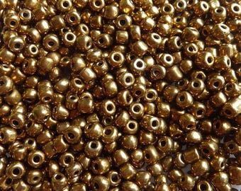 40 g/2500pcs 2mm gold seed beads
