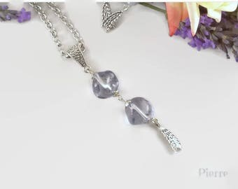 Transparent lavender blue necklace, speckled Czech glass bead and feather charms - jewelry handmade By MP Bertrand 123Pierres